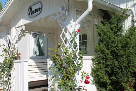 Rosenapartments Eingangsbereich