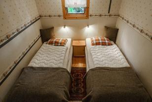 Seebungalow Schlafzimmer mit zwei Einzelbetten