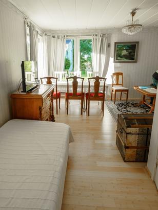 Wohnbereich Himmel mit Einzelbett